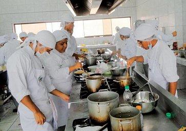 Šéfkuchaři z chatrče