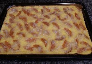 Tvarohový koláč z drobenky - hrnkový