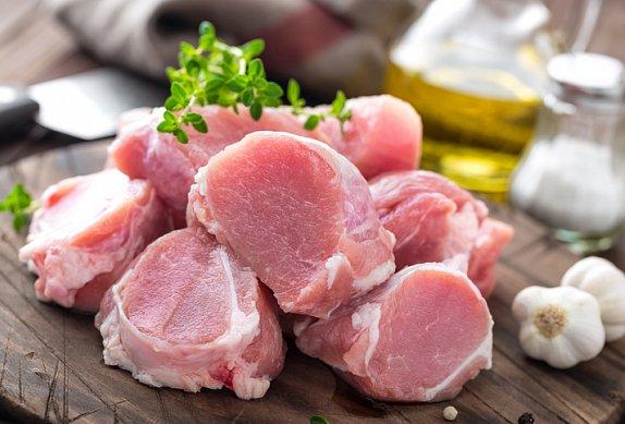 Dušené vepřové maso s kedlubnou