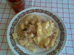 Pečené brambory s anglickou slaninou