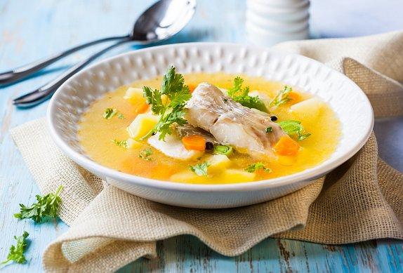 Rybí polévka s hrachem
