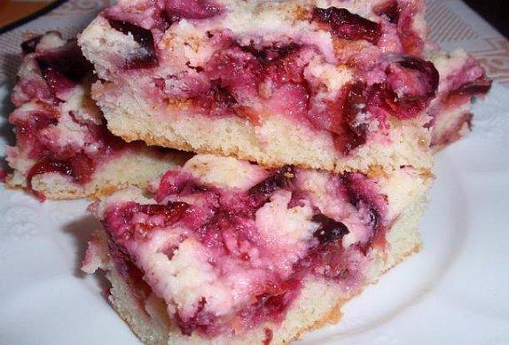 Jednoduchý švestkový koláč photo-0