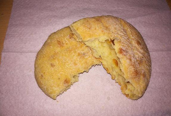 Měkké škvarkové placky pro lenochy - zadělávané v pekárně