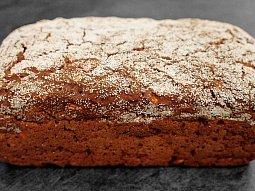 Vláčný žitný chléb