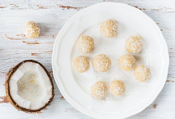 Kokosové tofu kuličky