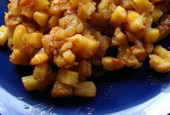 Levné a chutné cibulové brambory