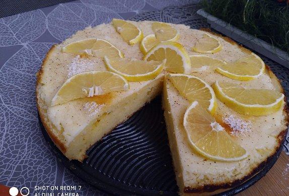 Šťavnatý citronový koláč