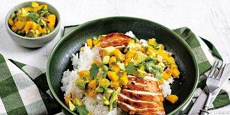 BBQ kuřecí s mangovou salsou