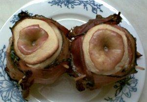Ořechová jablka ve slanině