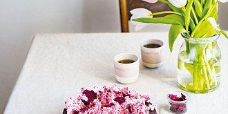 Čokoládový dort z červené řepy