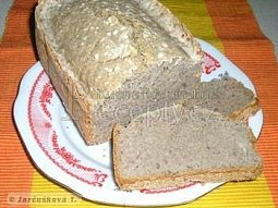 Výživný chléb pro domácí pekárnu
