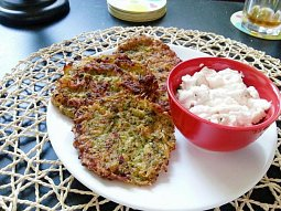 Zeleninové placičky s tatarkou