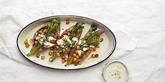 Batáty s cizrnou a brokolicí