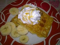 Banánové vafle s javorovým sirupem