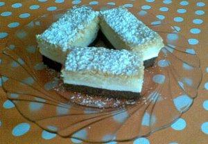 Trojbarevný koláč naší babičky