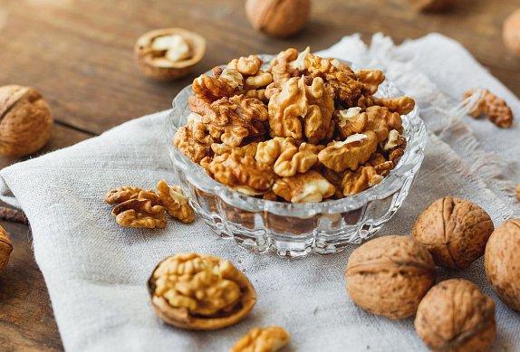 Pomazánka z červené řepy s ořechy