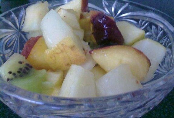 Ovocný salátek