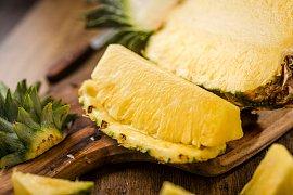 Pozor na čerstvý ananas