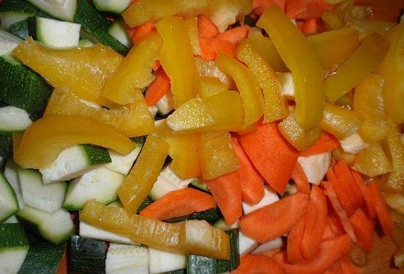 Přírodní maso se zeleninou
