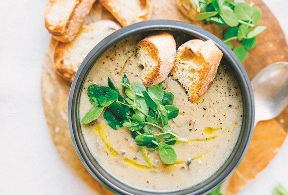 Chlebová polévka photo-0