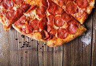 Pizza z rohlíků