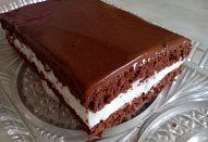 Čokoládová poleva se zakysanou smetanou