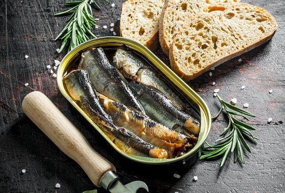 Pomazánka se sardinkami podle ČSN