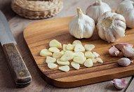 Těstoviny s brokolicí a ořechy
