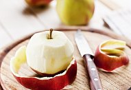 Celerová polévka s jablky