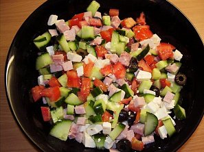 Balkánský salát