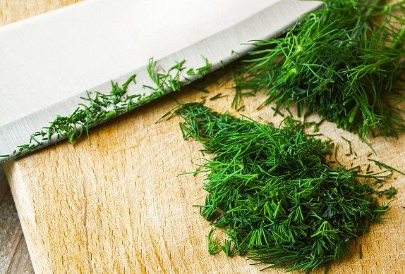 Zelňáky se zelným salátem