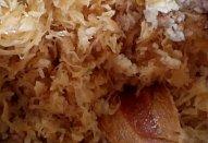 Zapečená rýže s mletým masem a zelím