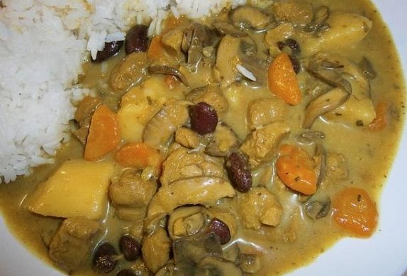 Veganský thajský sójový guláš