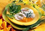 Kozí sýr s pažitkou a pošírovaným vejcem