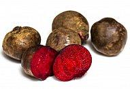Závin z listového těsta s červenou řepou