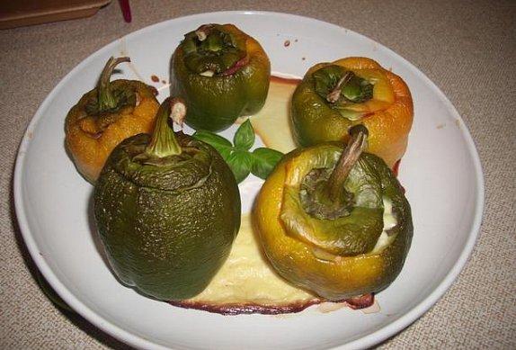 Zapečené papriky s pokličkou