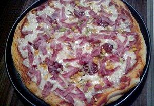 Pizza těsto - rychlé a tenké