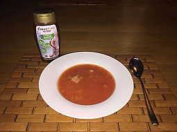 Rajská polévka s čekankovým sirupem