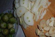 Roštěnky s kapustičkami na cibuli a česneku