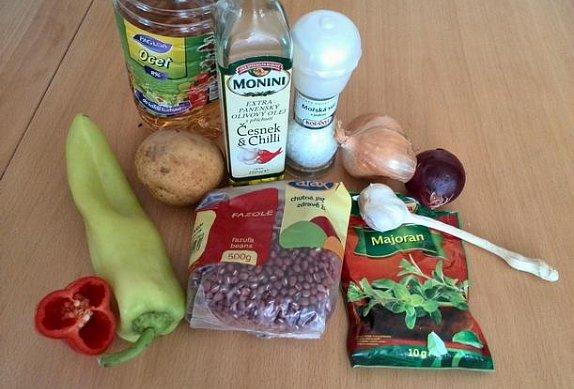 Fazolový guláš pro vegany