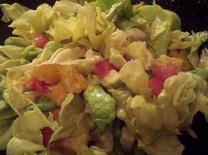 Hlávkový salát s avokádem